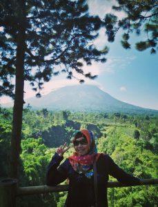 View Gunung Merapi dari spot area Air Terjun Kedung Kayang